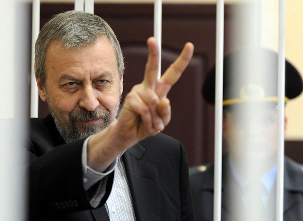 Sannikau na sali sądowej /AFP