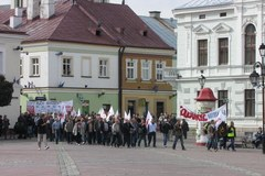 Sanok protestuje w obronie miejsc pracy