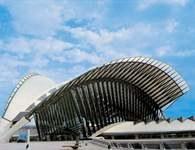 Santiago Calatrava, dworzec kolejowy pod Lyonem /Encyklopedia Internautica