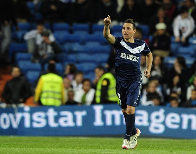 Santiago Cazorla po raz kolejny strzelił gola z rzutu wolnego /AFP