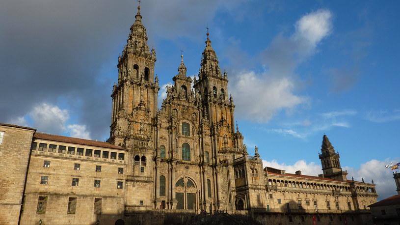 Santiago de Compostela od dawna jest miejscem, które przyciąga pielgrzymów z całego świata /domena publiczna