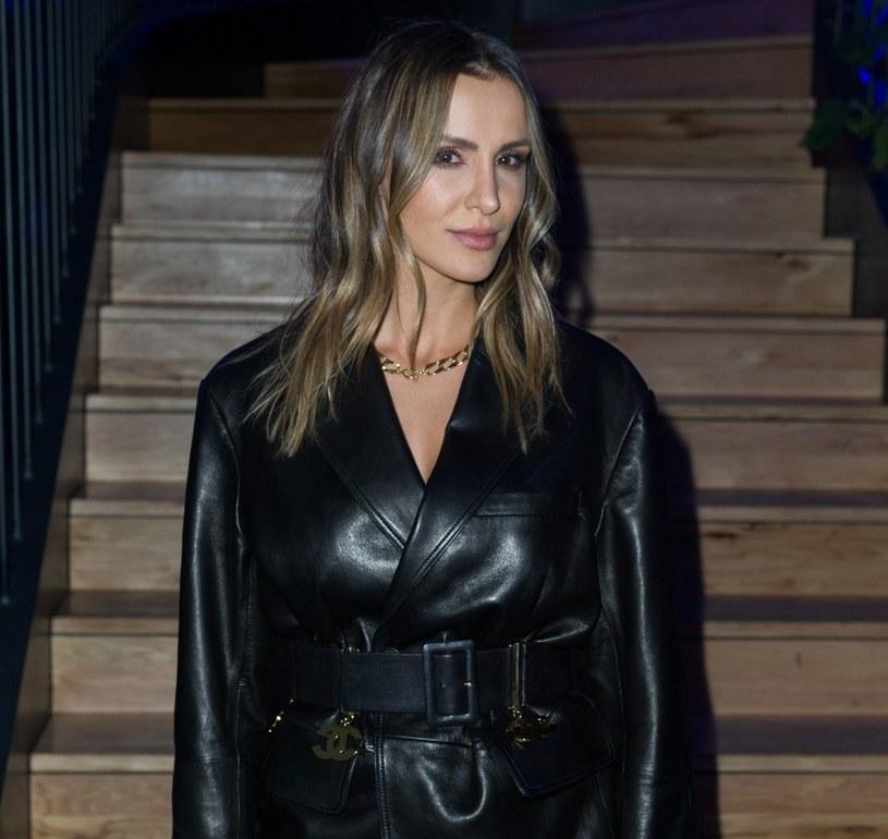 Sara Boruc interesuje się nie tylko modą. Ma też świetny gust wnętrzarski /Artur Zawadzki /East News