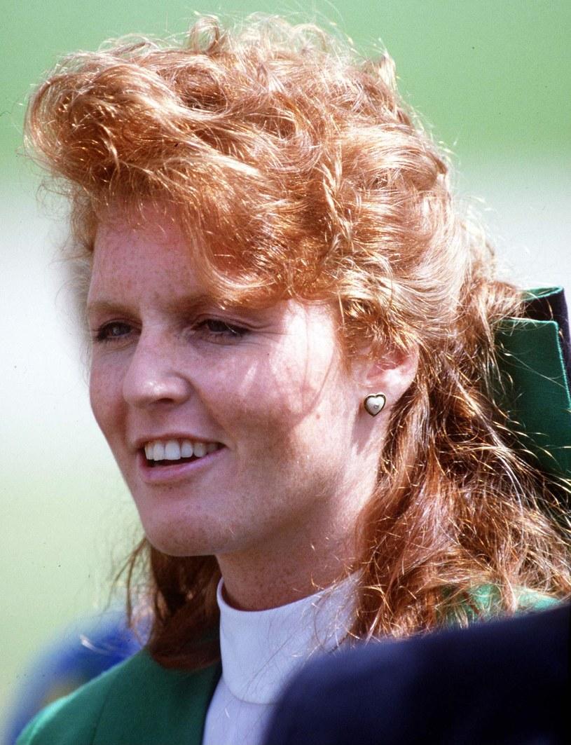 Sara, księżna Yorku, przez wiele lat była wierna fryzurze z lat 80. To częsty błąd kobiet, że pozostajemy w epoce, która... dawno się skończyła /Getty Images
