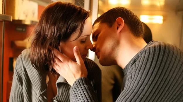 Sara Tancredi (Sarah Wayne Callies) i Michael Scofield (Wentworth Miller), kadr z 4. sezonu /TVN /materiały prasowe