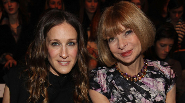 Sarah Jessica Parker i Anna Wintour /Astrid Stawiarz /Getty Images