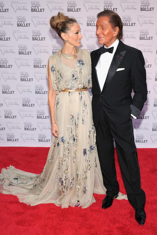 Sarah Jessica Parker i Valentino Garavani /Getty Images