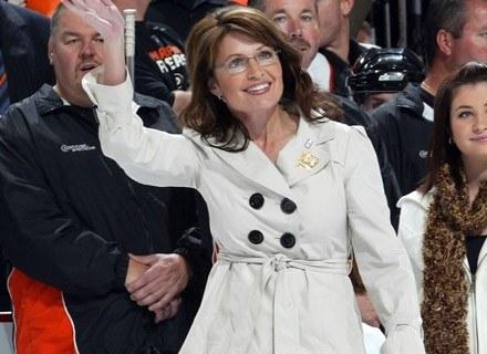 Sarah Palin jest daleką krewną księżny Diany /AFP