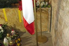 Sarkofag Lecha i Marii Kaczyńskich w krypcie pod Wieżą Srebrnych Dzwonów na Wawelu w Krakowie
