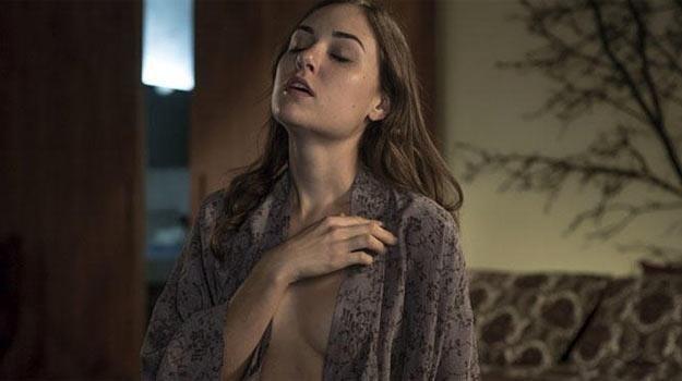"""Sasha Grey w filmie """"Open Windows"""". /materiały dystrybutora"""