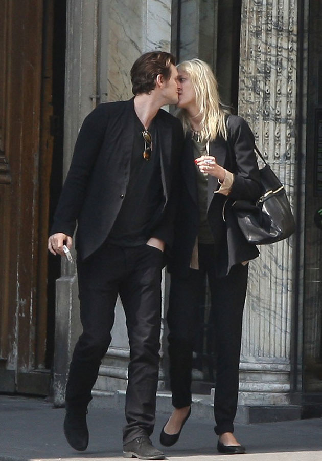Sasha i Anja zakochani na ulicach Nowego Jorku /East News /East News