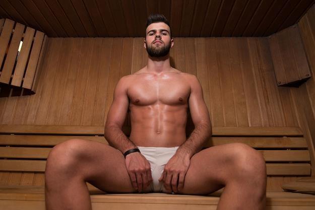 Sauna na wyłączność to wspaniała zdobycz... /©123RF/PICSEL