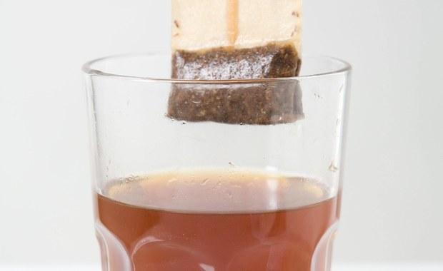 Savoir-vivre: Torebka herbaty