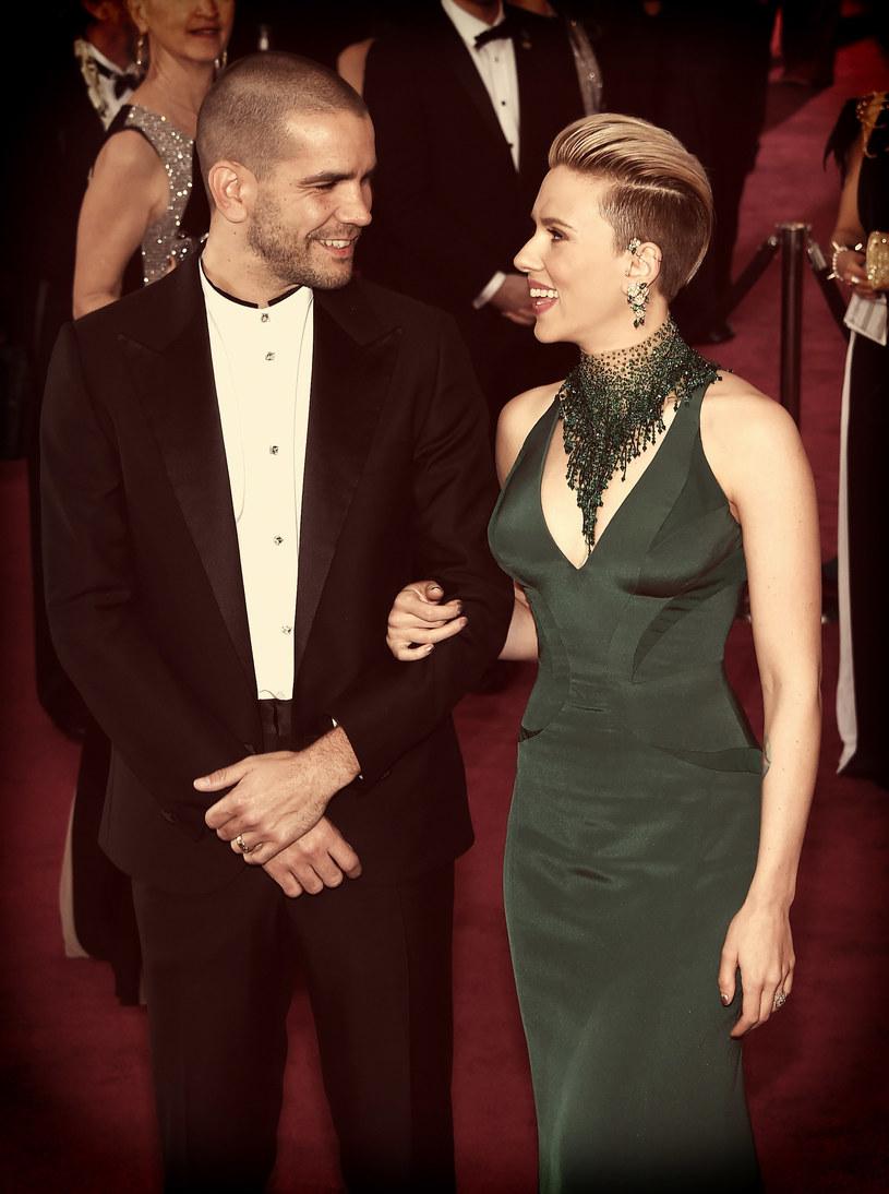 Scarlett Johansson i Roman Dauriac /Getty Images