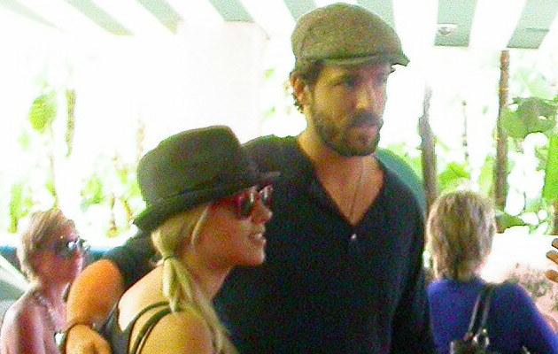 Scarlett Johansson i Ryan Reynolds  /Splashnews