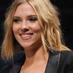 Scarlett w krainie superbohaterów