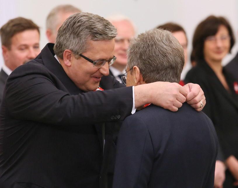 Scenarzysta Allan Starski został odznaczony Krzyżem Komandorkim Orderu Odrodzenia Polski przez prezydenta Bronisława Komorowskiego /Leszek Szymański /PAP