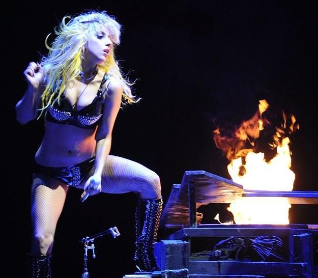Scenografia występów Lady GaGi kosztuje podobno cztery miliony dolarów - fot. Jason Merritt /Getty Images/Flash Press Media