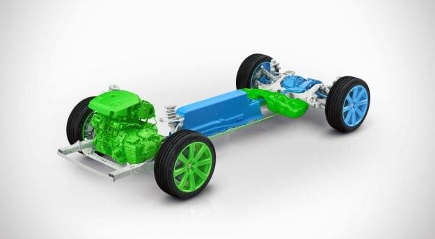 Schemat hybrydowego układu napędowego Volvo XC90 T8 /Volvo