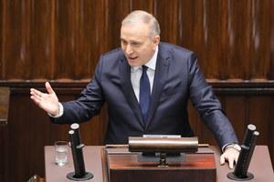 Schetyna: To rząd kontynuacji nieudolności i łamania prawa