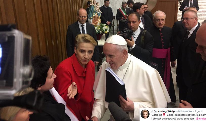 Scheuring-Wielgus przekazała papieżowi raport o pedofilii w polskim Kościele /Twitter