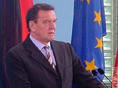 Schröder przyłączył się do krytyki zapoczątkowanej przez Stoibera /arch. RMF