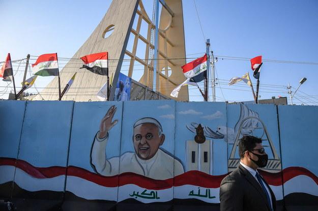 Ściana jednego z kościołów w Bagdadzie, stolicy Iraku /ALESSANDRO DI MEO /PAP/EPA