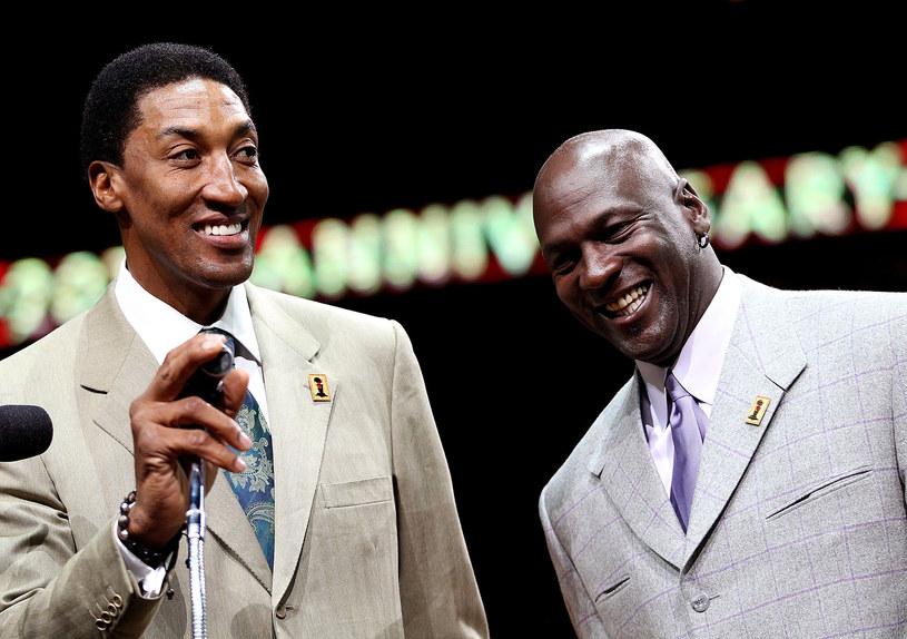 Scottie Pippen i Michael Jordan - legendy Chicago Bulls po latach /AFP