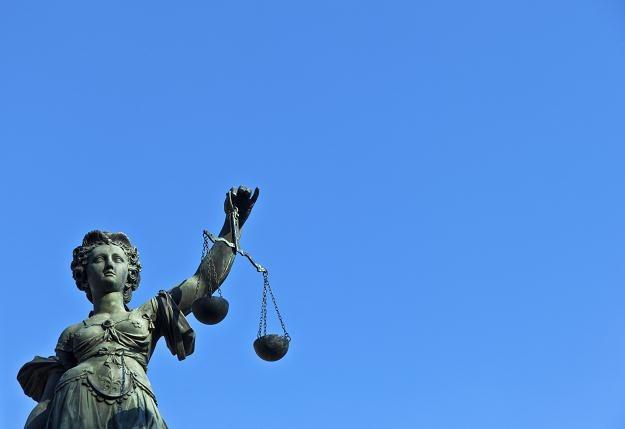 SDE umożliwia skazanym za drobne przestępstwa odbywanie kary na wolności /©123RF/PICSEL