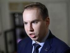 """""""SE"""": Andruszkiewicz pobrał 90 tys. zł na paliwo"""