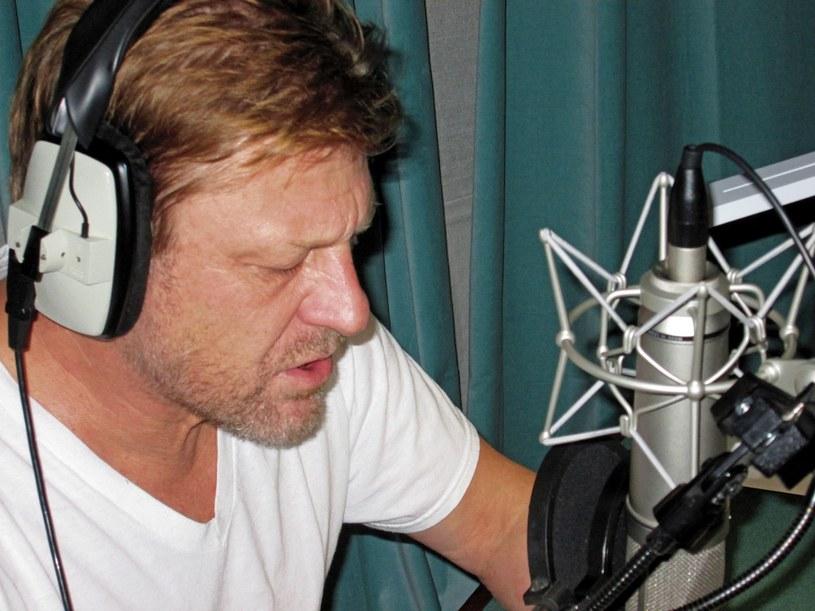 Sean Bean w studio podczas nagrania do Kholat /materiały źródłowe