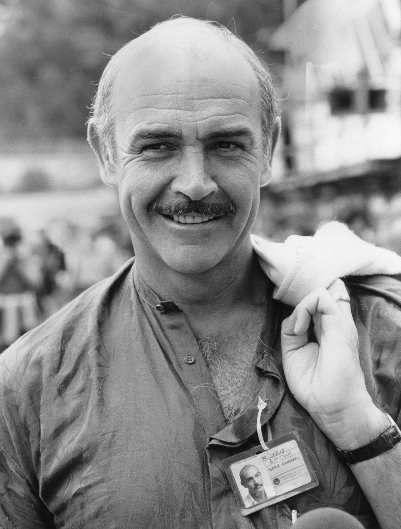 Sean Connery podczas GP Monaco w Formule 1 w 1980 roku /Getty Images