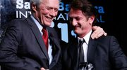 Sean Penn nagradza Eastwooda