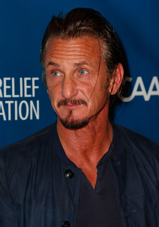 Sean Penn /Imeh Akpanudosen /Getty Images