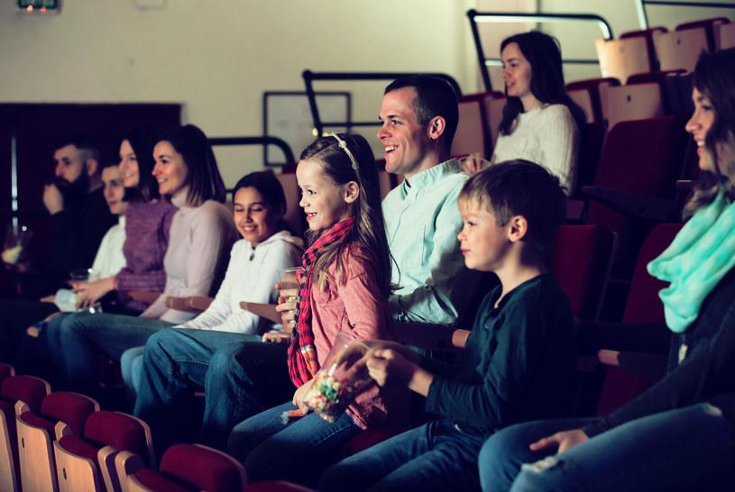Seanse przyjazne sensorycznie będą się odbywać w kinach Cinema City w kilku miastach w Polsce /©123RF/PICSEL