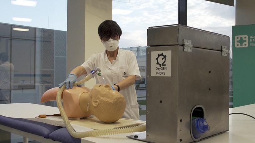 SEAT rozpoczął w swoich fabrykach produkcję respiratorów /materiały prasowe