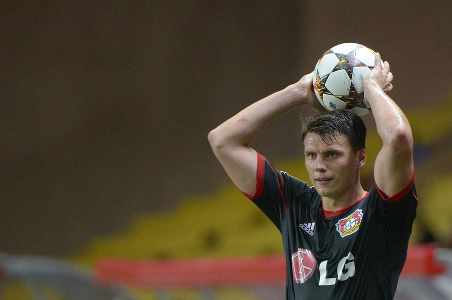 Sebastian Boenisch w meczu Bayeru Leverkusen z AS Monaco w fazie grupowej Ligi Mistrzów, 16 września 2014 /Matthias Balk/DPA /PAP