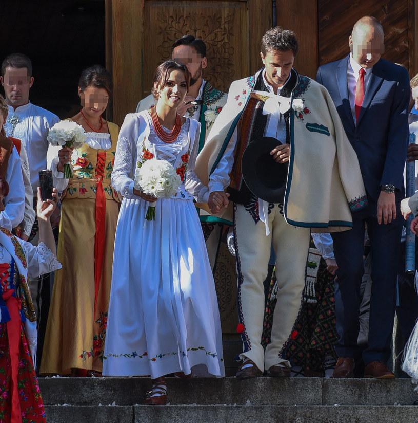 Sebastian i Paulina w dniu ślubu /Marcin Szkodziński /Agencja FORUM