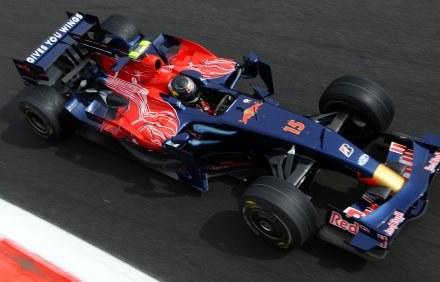 Sebastian Vettel w akcji /AFP
