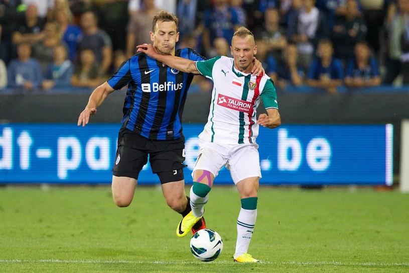 Sebino Plaku (z prawej) tu jeszcze w barwach Śląska Wrocław /AFP