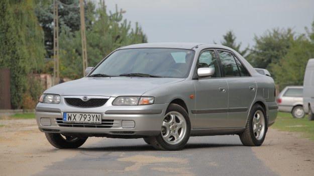 Sedan nie należy do poszukiwanych odmian nadwoziowych. Na zdjęciu model produkowany w latach 1997-99. /Motor