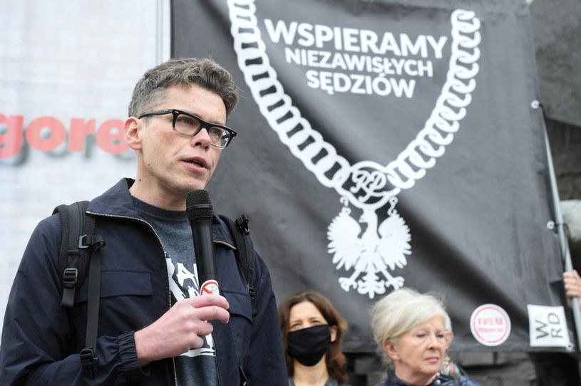 Sędzia Igor Tuleya przed budynkiem Sądu Najwyższego w Warszawie / Radek Pietruszka   /PAP