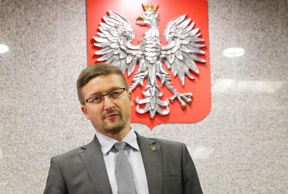 Sędzia Juszczyszyn pojedzie do Sejmu, aby osobiście przejrzeć listy poparcia do nowej KRS /Tomasz Waszczuk /PAP