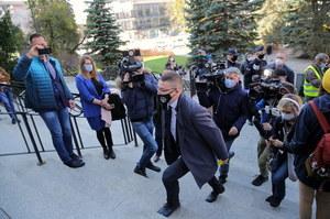Sędzia Paweł Juszczyszyn stawił się do pracy. Prezes sądu: Nie będzie orzekał