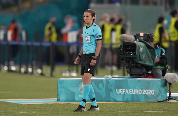 Sędzia Stéphanie Frappart podczas meczu Włochy - Turcja /ALESSANDRA TARANTINO /PAP/EPA