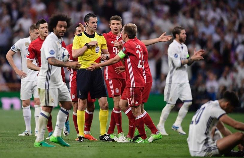 Sędzia Viktor Kassai skrzywdził Bayern w rewanżowym meczu z Realem w ćwierćfinale Ligi Mistrzów /AFP