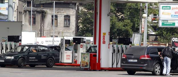 Sędzia z Żyrardowa ukradł na stacji paliw 50 zł. Został usunięty z zawodu