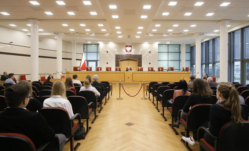 Sędziowie TK podczas rozprawy przed Trybunałem Konstytucyjnym w Warszawie /Paweł Supernak/PAP /PAP/EPA
