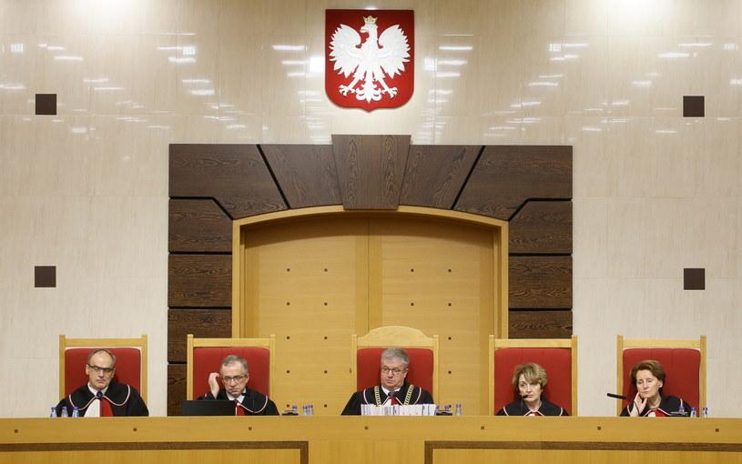 Sędziowie TK podczas rozprawy w Trybunale Konstytucyjnym w Warszawie /Paweł Supernak /PAP