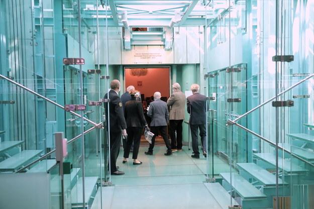 Sędziowie w drodze na posiedzenie Zgromadzenia Ogólnego Sędziów Sądu Najwyższego /Wojciech Olkuśnik /PAP
