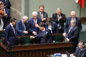 Sejm: Debata nad wnioskami PO o wotum nieufności wobec wicepremier Szydło i minister Rafalskiej
